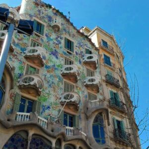 the antoni gaudi guide to barcelona original barcelona tours