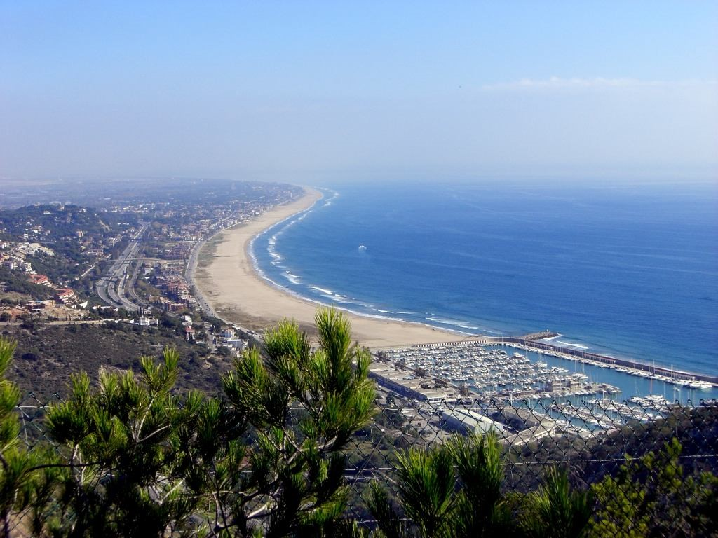 The Nicest Beaches Within An Hour Of Barcelona