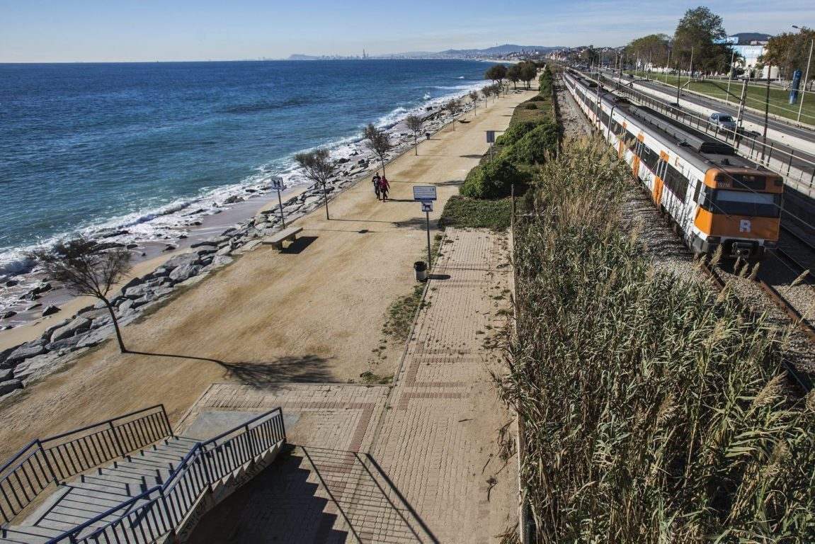 th best beaches barcelona