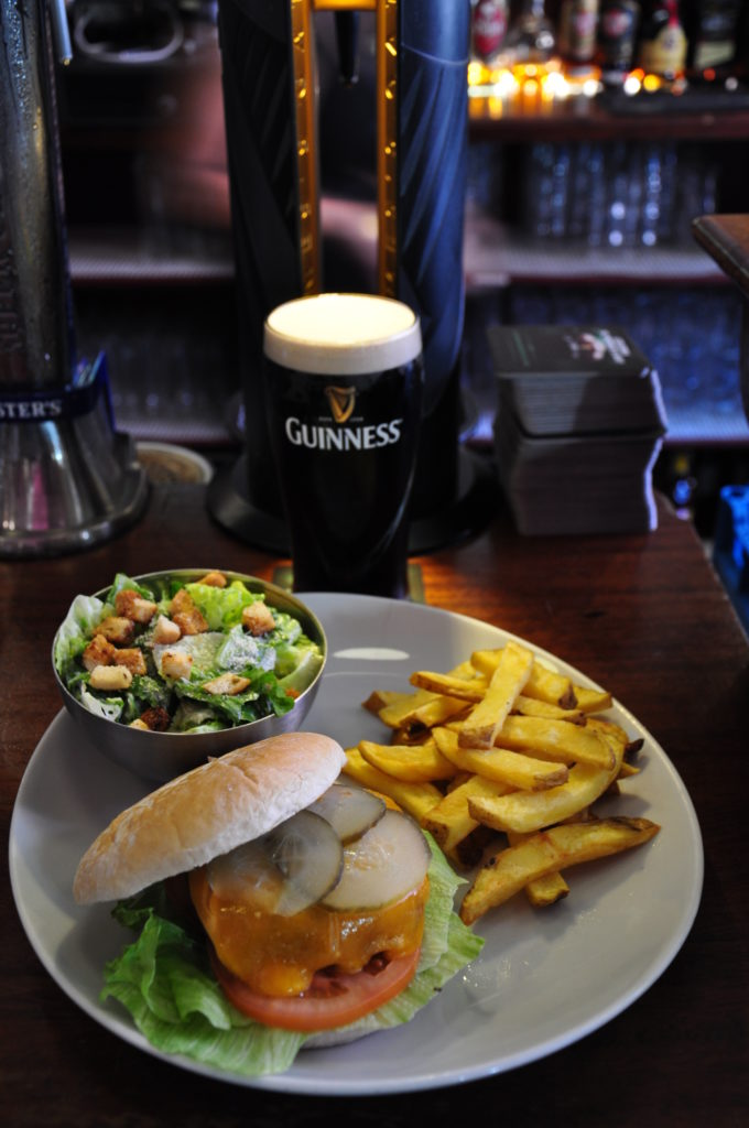 irish pub burger 3