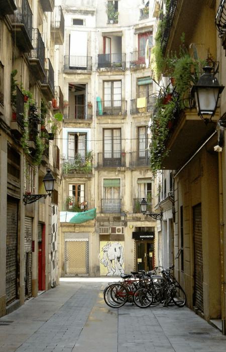 barcelona history bike tour