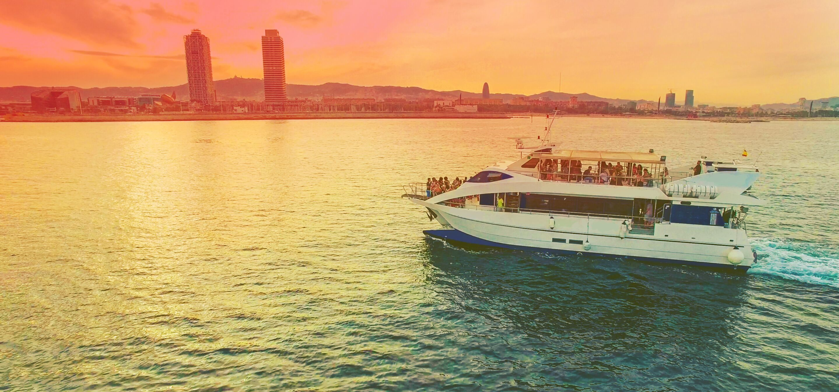 Sunset Halloween Boat Party 2020 Champagne Sunset Boat Party   Original Barcelona Tours